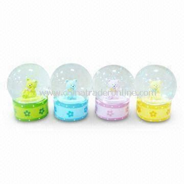 Crystal/Music/Globe Christmas Gift Water Ball, Made of Polyresin and Glass