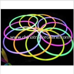 22 Inch Glow Necklace Glowing in The Dark