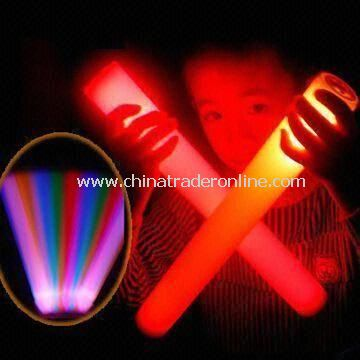 Flashing Glow Sticks, Made of PE, Available in Various Colors and Sizes, OEM Orders are Welcome