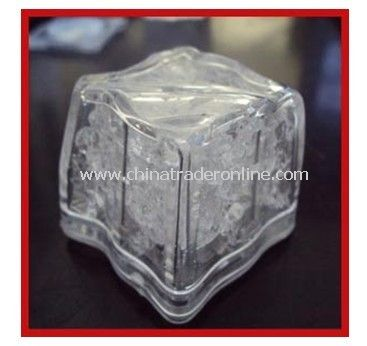 Flash LED Ice Cube with Removable Battery