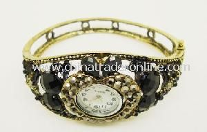 Fashion Ladies Bangle Watch