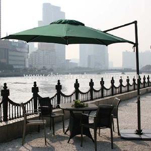 Parasol/Outdoor Umbrella/Sunshade/Beach Umbrella from China